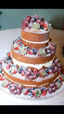 Decorated pound cake with fruit from Emily's Heirloom Pound Cakes (Keisa Sharpe/Alabama NewsCenter)