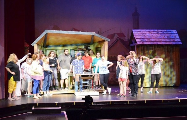 "Red Mountain Theater Company presents ""Fiddler on the Roof"" at the Dorothy Jemison Day Theater in Birmingham, directed by Keith Cromwell, June 9-25. (Michael Tomberlin / Alabama NewsCenter)"