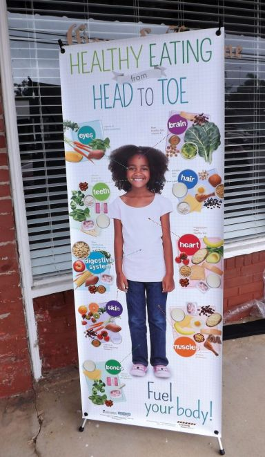 Messages about healthy eating were posted near the trailer. (Donna Cope/Alabama NewsCenter)