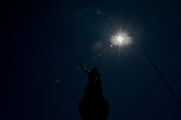 Hundreds gathered at Vulcan Park to view the solar eclipse. (Karim Shamsi-Basha / Alabama NewsCenter)