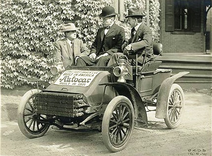 Autocar built the first U.S. shaft-drive truck in 1901. (Autocar)