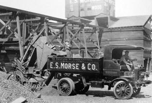 An Autocar truck from 1922. (Autocar)