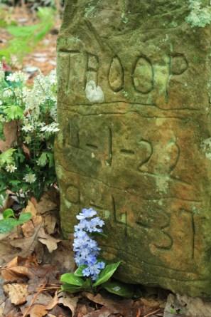 The grave of Troop, Key Underwood's coon dog, buried in 1937. (Terri, Flickr)