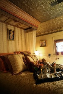 The bedroom in the railcar in the Pappas's home. (Erin Harney/Alabama NewsCenter)