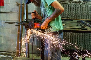 High-tech tools meet old-fashioned craftsmanship at Alabama Iron Works. (Mark Sandlin / Alabama NewsCenter)
