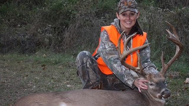 Deer hunting in Alabama brings in big bucks, lots of doe