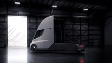Walmart is among the company's placing preorders for the new Tesla electric Semi. (Tesla)