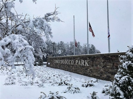 Snow covered much of central Alabama, offering a new perspective on familiar sights like Choccolocco Park in Oxford. (Dennis Washington / Alabama NewsCenter)