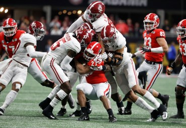 Alabama defensive back Ronnie Harrison (15) in the National Championship Game. (Crimson Tide Photos)