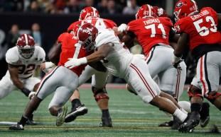Alabama defensive lineman Da'Ron Payne (94) in the National Championship Game. (Crimson Tide Photos)