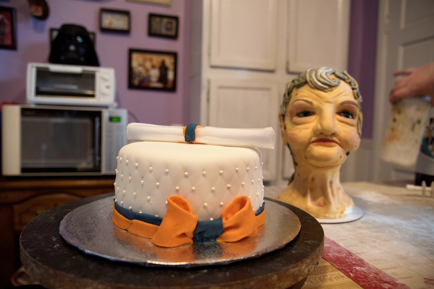 Mandi Buckalew's cakes are as different as her customers want them to be. (Brittany Faush / Alabama NewsCenter)