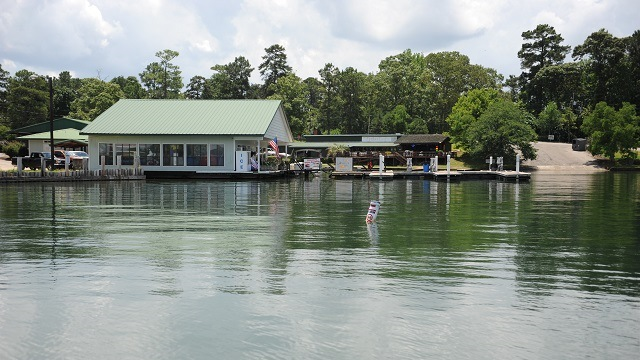 December sales on Lake Martin's waterfront increase 44 percent from 2016