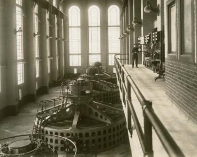 Powerhouse, Lay Dam (Lock 12), c. 1920. (Alabama Power Company Archives)