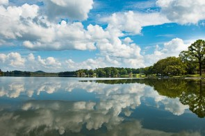 Alabama Power's Lay Lake on the Coosa River. (Phil Free/Shorelines)