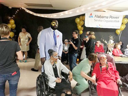 Crowne Health of Eufaula hosts senior prom with a Mardi Gras theme. (Alabama NewsCenter file)