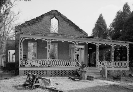 Exterior view of the iron master's house at Shelby Iron Works. The house was built in the 1840s. (Photograph by Jet Lowe in 1993, HAER, Library of Congress, Prints and Photographs Division)