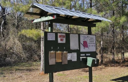 Alabama Power's Jordan Dam Physically Disabled Hunting Area is one of many across the state. (Ted Tucker/Alabama NewsCenter)