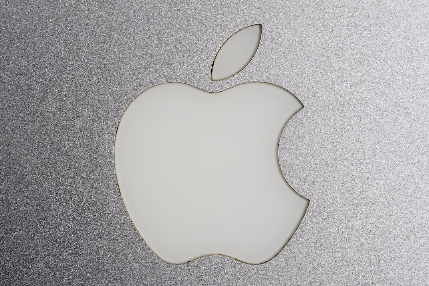 Apple Said To Start Making Chips For Mac