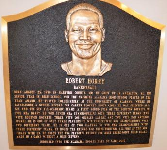 Robert Horry was inducted into the Alabama Sports Hall of Fame in 2010. (Michael Tomberlin / Alabama NewsCenter)