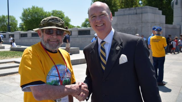 Tuscaloosa Rotary Club honors west Alabama veterans with tour of Vietnam Wall, other memorials in Washington, D.C.