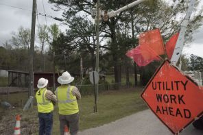 All in a day's work - Clanton linemen work to serve Alabama Power customers. (Brittany Faush)