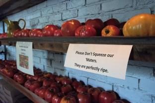 brick & tin's customers love heirloom tomatoes. (Brittany Faush/Alabama NewsCenter)
