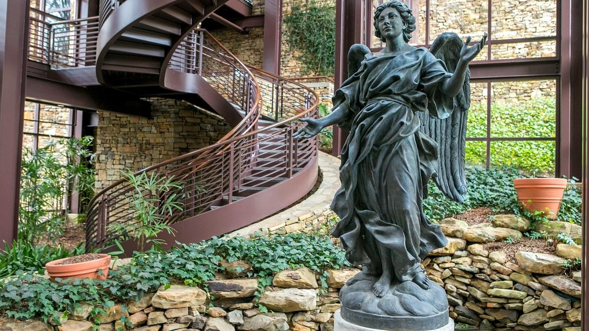 Samford's Ida Moffett School of Nursing receives $2.1 million grant