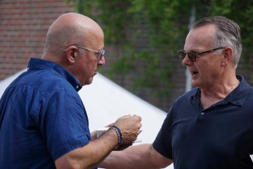 Zimmern and Stitt talk food and Birmingham at Pepper Place. (Erin Harney/Alabama NewsCenter)