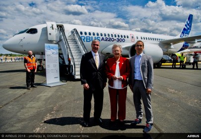 Gov. Kay Ivey meets with Jeff Knittel, CEO of Airbus Americas, and Florent Massou, head of the A220 program, while at Farnborough. (contributed)