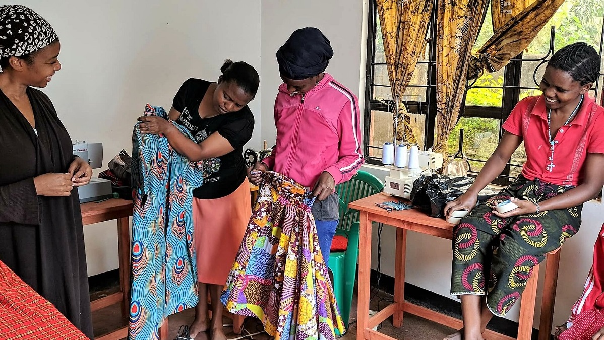 Birmingham women connect Alabama and Africa to clothe a nation with new hope
