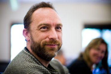 Jimmy Wales at the CC board meeting, 2008. (Joi Ito, Wikipedia)