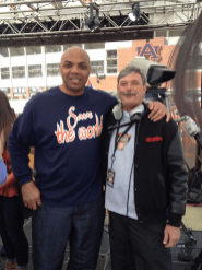 With Charles Barkley. (Dave Smith)