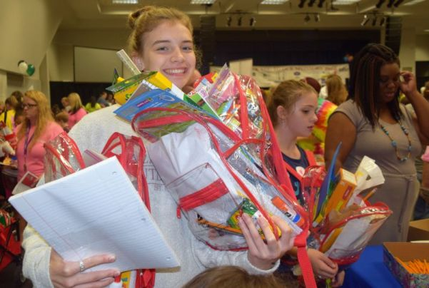 Jasper High School's McKinley Ferguson was excited to receive new supplies. (Donna Cope/Alabama NewsCenter)