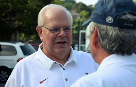 Eli Gold is heading into his 30th season as the radio voice of the Alabama Crimson Tide football broadcasts. (Solomon Crenshaw Jr. / Alabama NewsCenter)