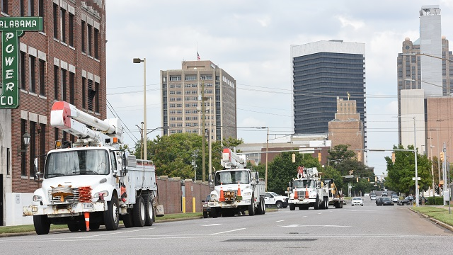 Alabama Power crews deploying to assist states after Hurricane Florence
