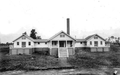 Jordan Dam hospital. (Alabama Power Company Archives and Museum)
