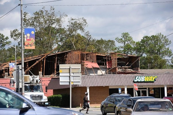 Howling winds destroyed this storefront. (Wynter Byrd/Alabama NewsCenter)