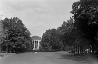 Courtview and plot, Aug. 29, 1935. (Alex Bush, HABS, Library of Congress, Prints and Photographs Division)