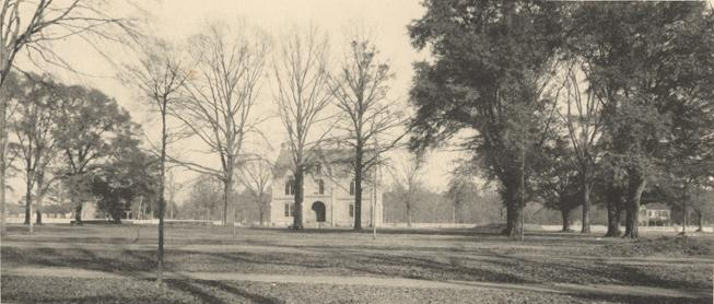 Tuomey Hall, University of Alabama. 1907. (Alabama Department of Archives and History, Wikipedia)