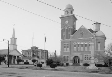 Bibb County Courthouse Square. (Library of Congress, Prints and Photographs Division)