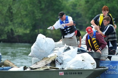 More than 117,000 volunteers have made Renew Our Rivers cleanups an environmental success. (file)