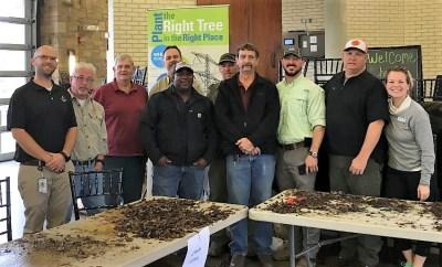 Alabama Power's Western Division arborists helped homeowners with helpful tree-planting tips. (Jeffrey Poston/Alabama Power)