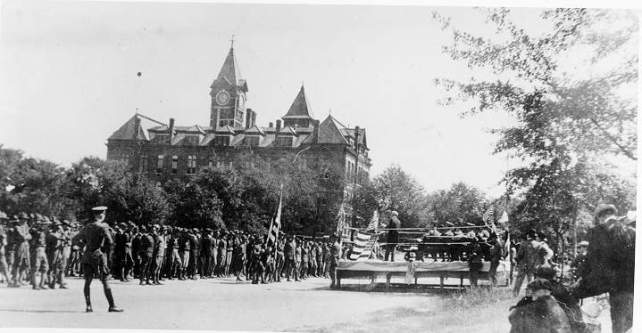 Alabama Polytechnic Institute cadets drill in Ross Square, c. 1917. (Auburn University Libraries Digital Archives, Wikipedia)