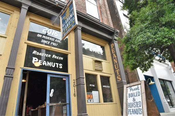 Alabama Peanut Company is keeping roasting alive on Birmingham's Morris Avenue and adding Southern favorite boiled peanuts. (Brittany Faush / Alabama NewsCenter)