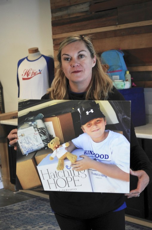 Keli Wright took heart from the kindness shown to her after she lost her home in a fire, and it made her want to give that feeling to others driven from their homes by disaster. (Karim Shamsi-Basha/Alabama NewsCenter)
