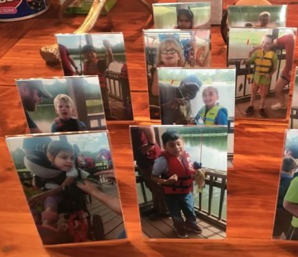Gaston APSO members hurried to a CVS to get photos made of each child so they could remember their day. (Donna Cope/Alabama NewsCenter)