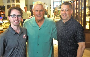 Lou Piniella, center, with Barons staffer Jason Lowenthal and announcer Curt Bloom. (Solomon Crenshaw Jr./Alabama NewsCenter)
