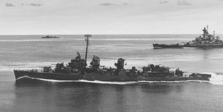 The U.S. Navy destroyer USS Knapp with Task Force 58.3, escorting the battleship USS Alabama, April 28, 1944. (U.S. Navy, Wikipedia)