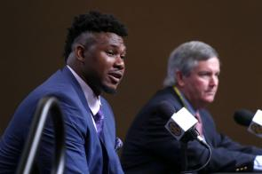 Prince Tega Wanogho answers questions from reporters at SEC Media Days in Hoover. (Bruce Nix / Alabama NewsCenter)