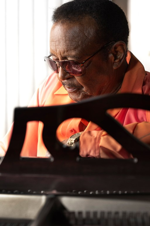 "Willie Hightower has been singing all his life in church, clubs, on hit records in the 1960s and 1970s and then with the Drifters. Last year the R&B veteran released his latest album, a foray into country music called ""Out of the Blue."" (Phil Free/Alabama NewsCenter)"